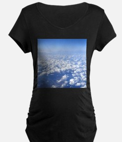 flight above the clouds Maternity T-Shirt