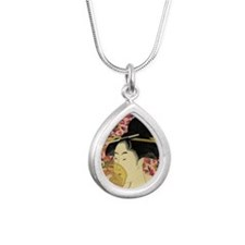 Japanese woman Necklaces