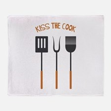 KISS THE COOK Throw Blanket
