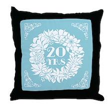 20th Anniversary Wreath Throw Pillow