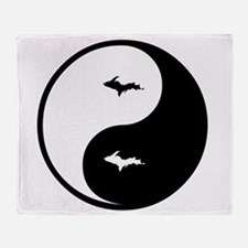 U.P._Ying_Yang.gif Throw Blanket