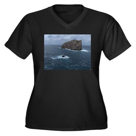 Capo Caccia Women's Plus Size V-Neck Dark T-Shirt