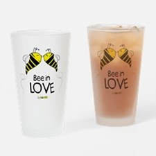 Bee in love Drinking Glass