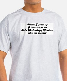 Info Technology Student like  T-Shirt