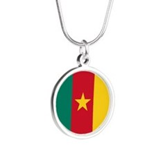 Cameroon Flag Silver Round Necklace