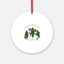 Snowmen Chills Ornament (Round)