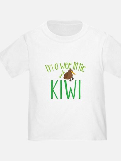 Im a wee little kiwi (New Zealand map) T-Shirt
