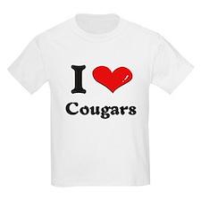 I love cougars T-Shirt
