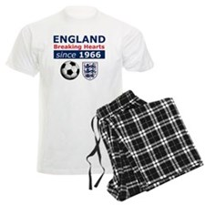 England.  Breaking Hearts sin Pajamas