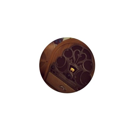 Old Radio Mini Button