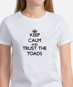 Keep calm and Trust the Toads T-Shirt