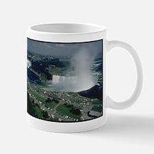 niagra falls gifts Mugs