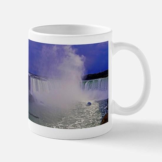 Horseshoe Falls And Boat Large Mugs