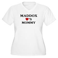 Maddox loves mommy T-Shirt