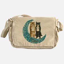 funny singing cats Messenger Bag