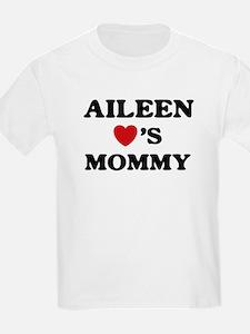 Aileen loves mommy T-Shirt