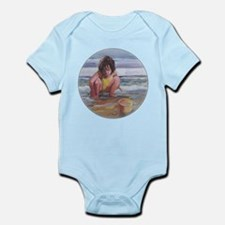 Little girl and seashell at the beach Body Suit