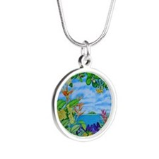 Solitarty Paradise Silver Round Necklace