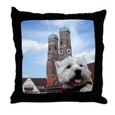 Nelly in München Throw Pillow