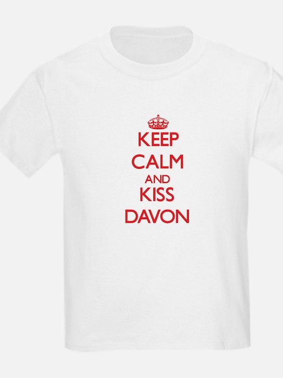 Keep Calm and Kiss Davon T-Shirt
