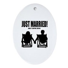 Just Married | Personalized wedding Ornament (Oval
