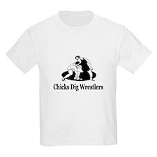 """Chicks Dig Wrestlers"" T-Shirt"
