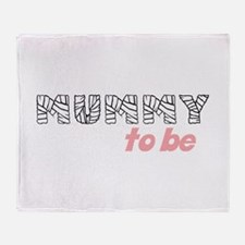 mummy to be Throw Blanket