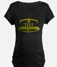 Taos Ski Resort New Mexico Maternity T-Shirt