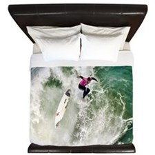 Surfing Wipeout king King Duvet