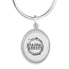 Scandal Addict Silver Oval Necklace