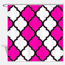 White and hot pink quatrefoil pattern on black Sho