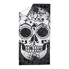 Black and white skull Beach Towel
