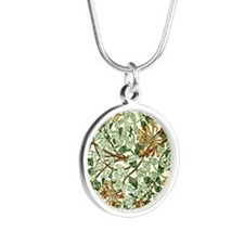 William Morris pattern - Hon Silver Round Necklace