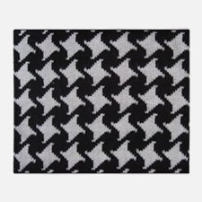 Houndstooth Check Wool Throw Blanket