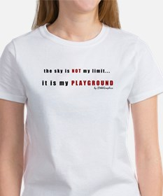 2the-sky-is-NOT-TRANSPARENT T-Shirt