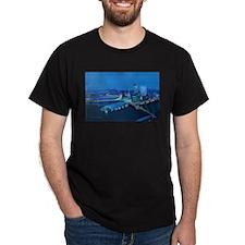 Skyline bei Nacht T-Shirt