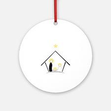 Baby In Manger Ornament (Round)