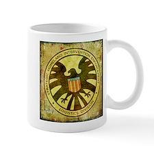 MAOS Vintage Shield Mug