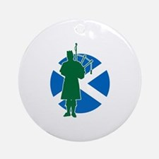 Scottish Piper Ornament (Round)
