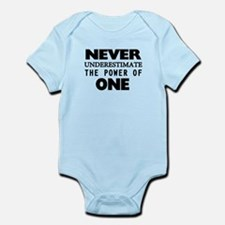 Never Underestimate The Power Of O Infant Bodysuit