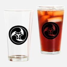 Three clockwise clove swirls in cir Drinking Glass