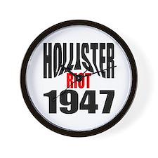 Hollister Riot 1947.png Wall Clock
