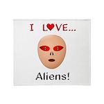 I Love Aliens Throw Blanket