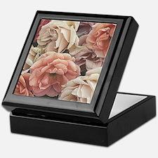 great garden roses, vintage look Keepsake Box