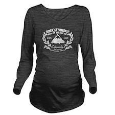 Breckenridge Rustic Long Sleeve Maternity T-Shirt