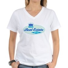 RETRO QUEEN (Blue & Sea Foam) V-Neck T-Shirt