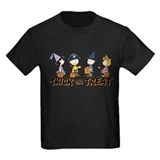 Toddler peanuts gang halloween Kids T-shirts (Dark)