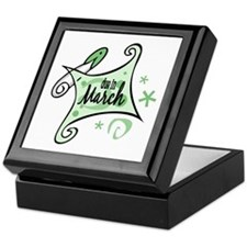 Due in March [Green] Keepsake Box