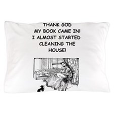 reader Pillow Case
