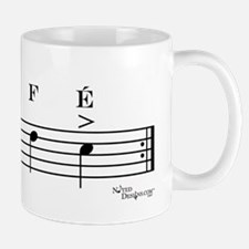 café (bass clef) Mug